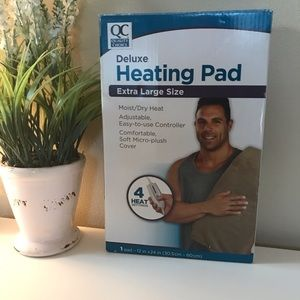 Quality Choice Deluxe Heating Pad NWT
